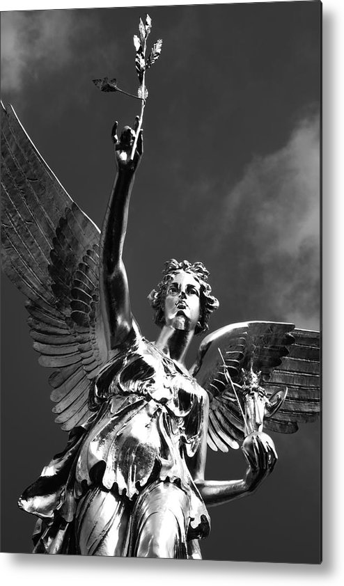 Monument Metal Print featuring the photograph Angel Of Peace by Marc Huebner