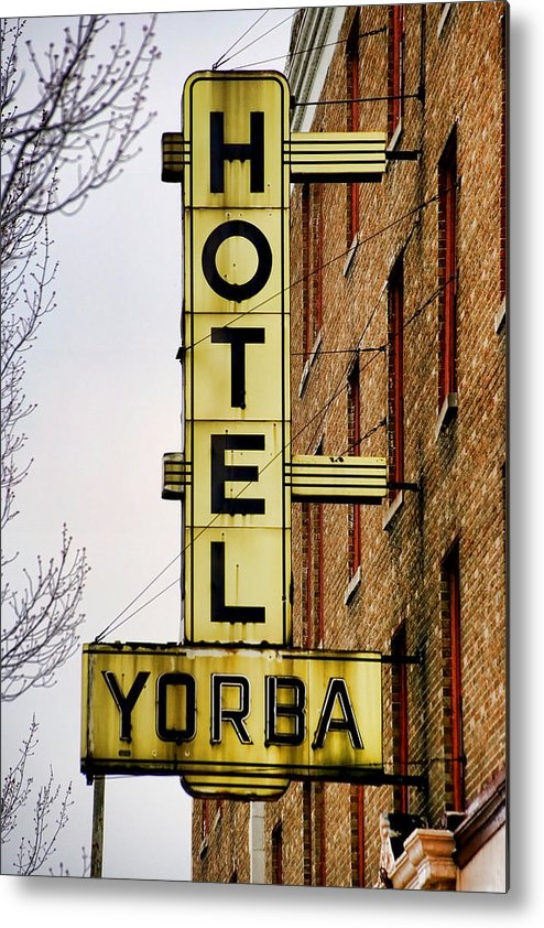 Hotel Yorba Metal Print featuring the photograph Hotel Yorba by Gordon Dean II