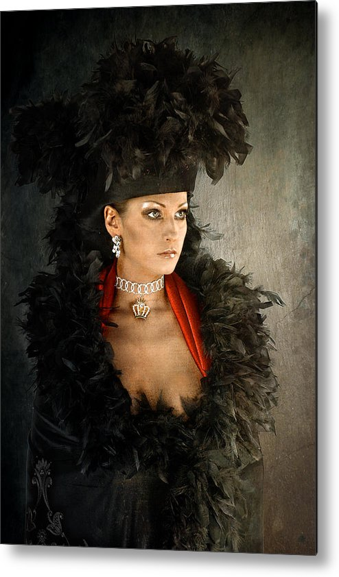 Metal Print featuring the photograph Impress by Zygmunt Kozimor