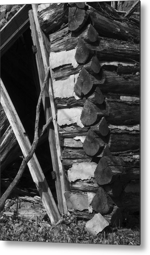 Metal Print featuring the photograph lloyd-shanks-barn-3BW by Curtis J Neeley Jr