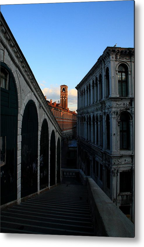 Venice Metal Print featuring the photograph The Rialto At Sunrise by Michael Henderson