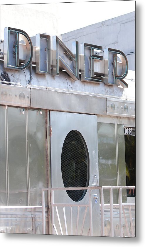 Architecture Metal Print featuring the photograph Art Deco Diner by Rob Hans