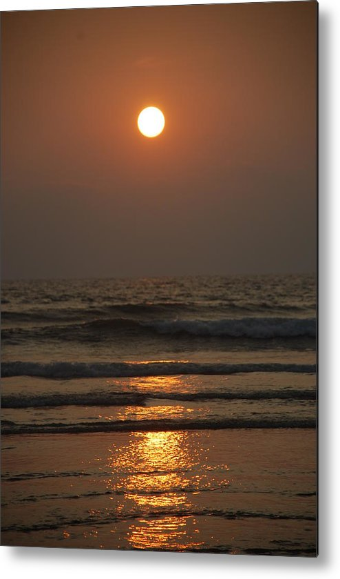 Sunset Metal Print featuring the photograph Sunset In Goa-2 by Reshmi Shankar