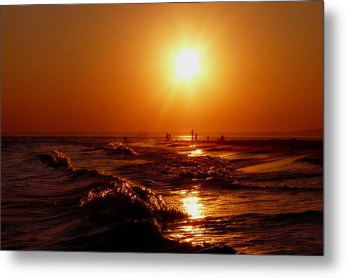 Sunset Metal Print featuring the photograph Extreme Blazing Sun by Kendall Eutemey