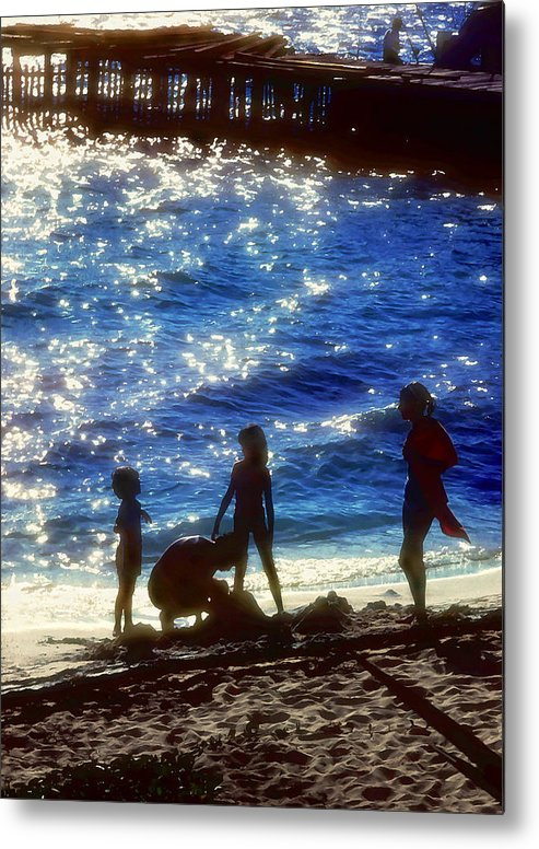 Beach Metal Print featuring the painting Evening At The Beach by Stephen Anderson