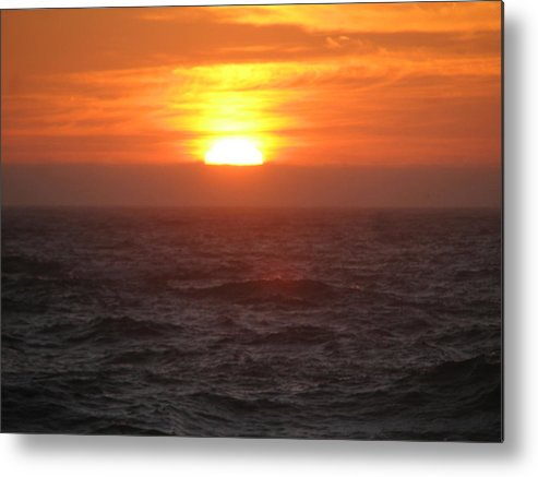 Metal Print featuring the photograph Sunset.. by Kavita Sarawgi