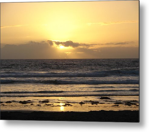 Seascape Metal Print featuring the photograph 3154 by John Wilson