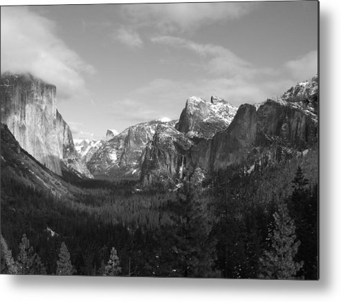 Yosemite Metal Print featuring the photograph Inspiration Point by Travis Day