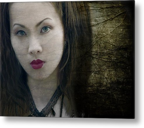 Portraits Metal Print featuring the photograph Memoirs Of A Geisha by Sammy Khoo