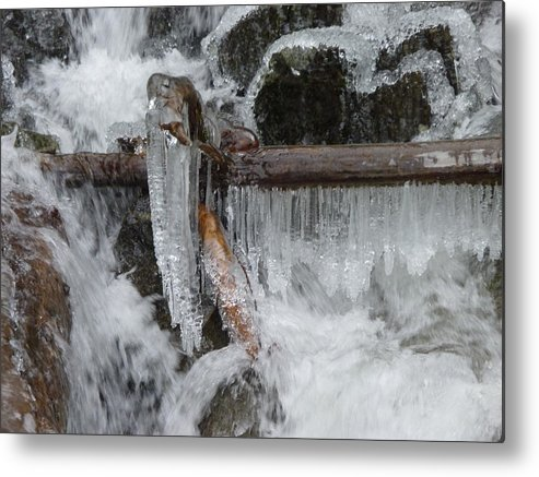 Landscape Metal Print featuring the photograph Nature's Sculpture by Mark Camp