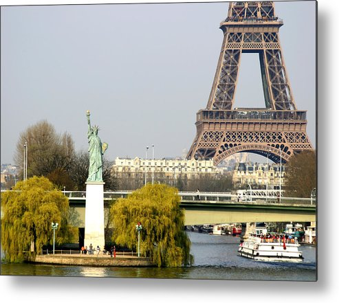 Paris Metal Print featuring the photograph Statue Of Liberty by Hans Jankowski
