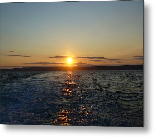 Sunset Metal Print featuring the photograph Sunset On The Horizon 2 by Sharon Stacey