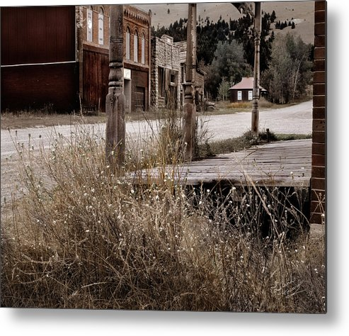Cabin Metal Print featuring the photograph Ghost Town 2 by Leland D Howard