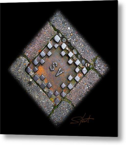 Diamond Metal Print featuring the photograph Diamond Sv by Charles Stuart