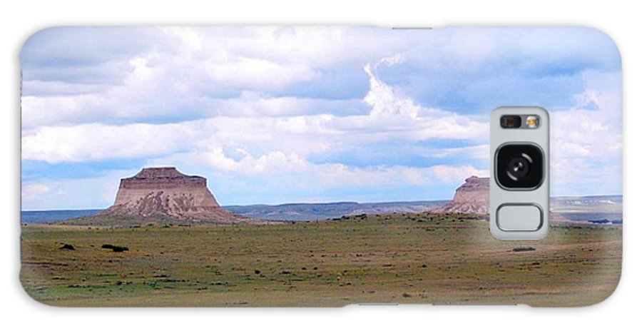 Big Sky Galaxy S8 Case featuring the photograph Pawnee Butte Colorado by Margaret Fortunato