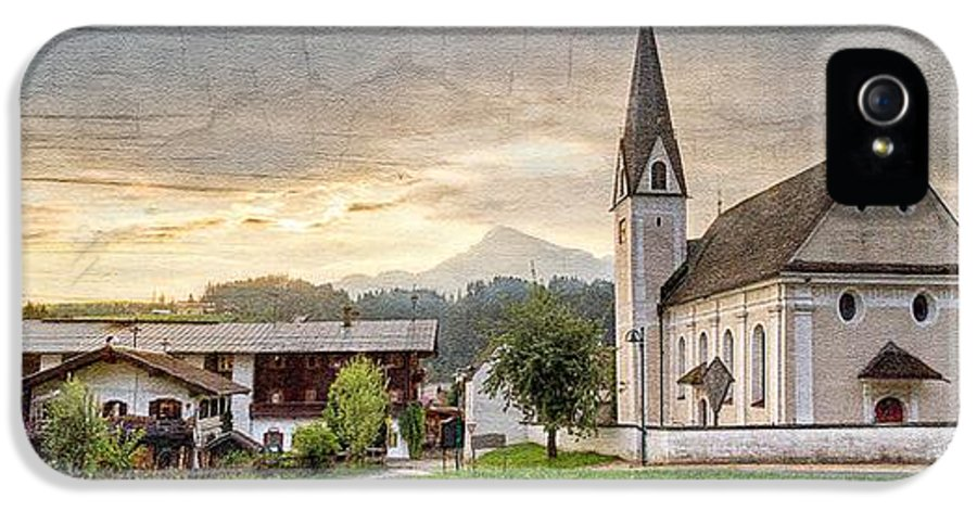 Appalachia IPhone 5 Case featuring the photograph Country Church by Debra and Dave Vanderlaan