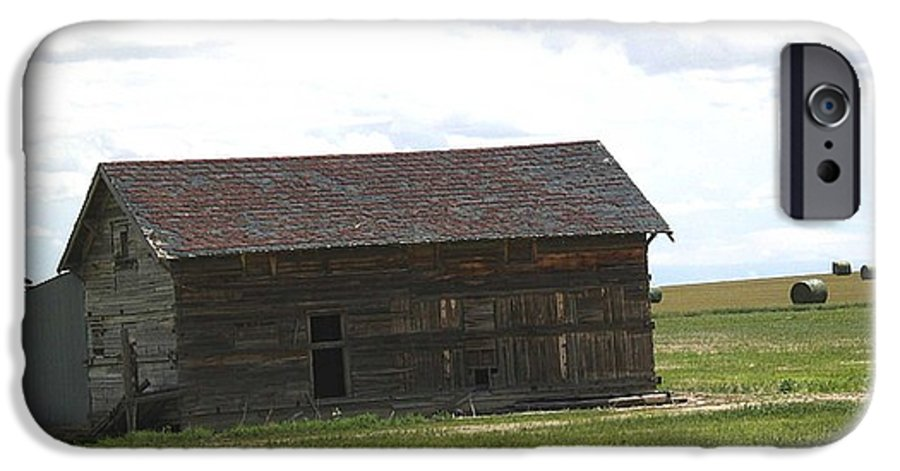 Landscape IPhone 6s Case featuring the photograph Grassland Farm by Margaret Fortunato