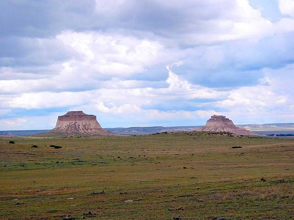 Big Sky Poster featuring the photograph Pawnee Butte Colorado by Margaret Fortunato