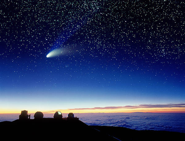 Comet Hale-bopp Art Print featuring the photograph Mauna Kea Telescopes by D Nunuk and Photo Researchers