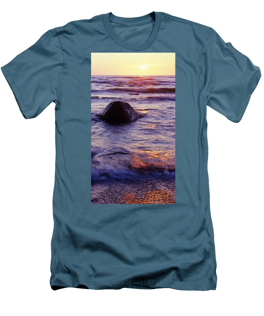 Abstract Men's T-Shirt (Athletic Fit) featuring the photograph Sunset Lights by Konstantin Dikovsky
