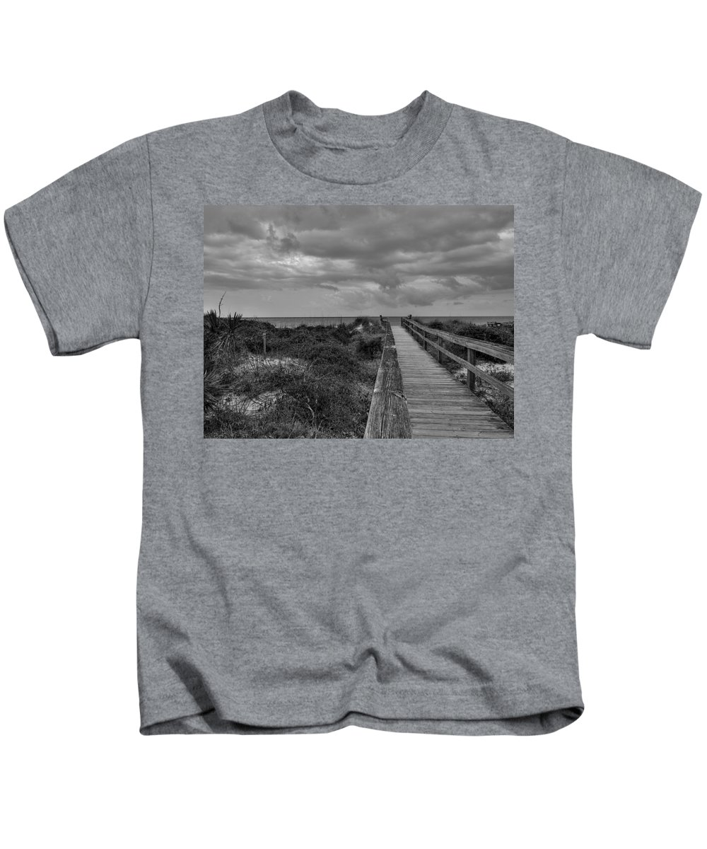 Beach Walk Kids T-Shirt featuring the photograph Walk To The Beach Alantic Beaches Nc by Tommy Anderson