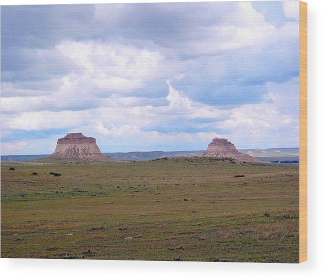Big Sky Wood Print featuring the photograph Pawnee Butte Colorado by Margaret Fortunato