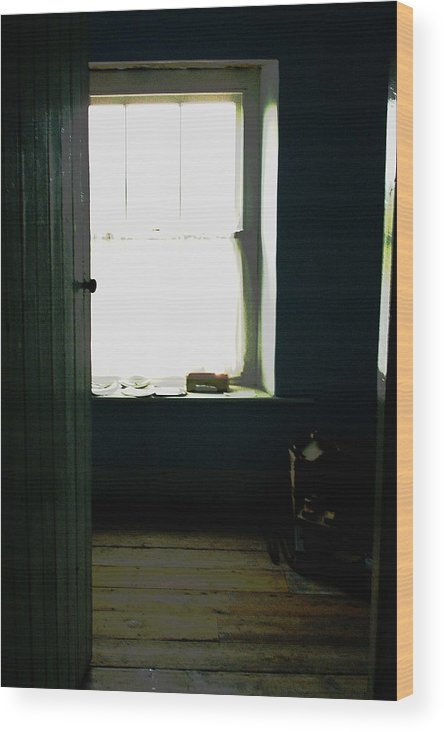 Ireland Room Window Door Architecture Interior Wood Print featuring the photograph Room In Ireland by Susan Grissom