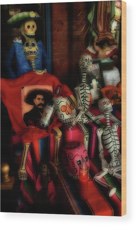 Day Of The Dead Wood Print featuring the photograph Day Of The Dead by Jeff Montgomery