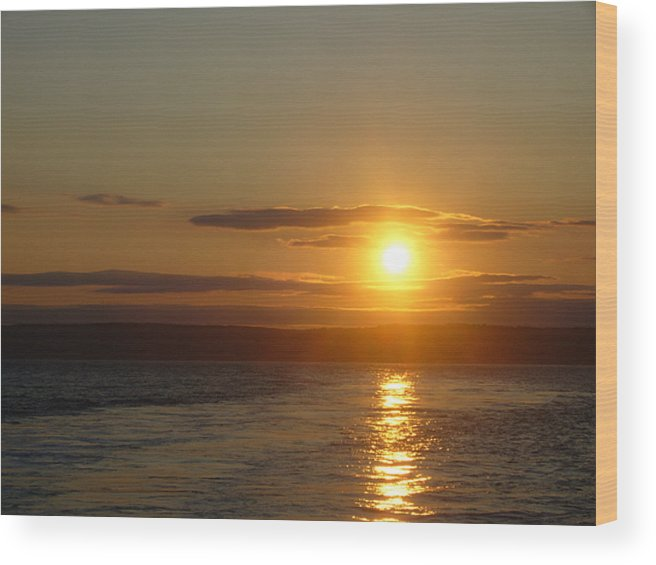Sunset Wood Print featuring the photograph Sunset On The Horizon 7 by Sharon Stacey