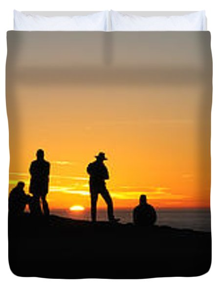 Panorama Everyone Likes A Sunset Duvet Cover by Vivian Christopher