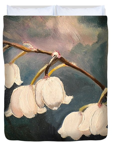 Lily Whites Duvet Cover