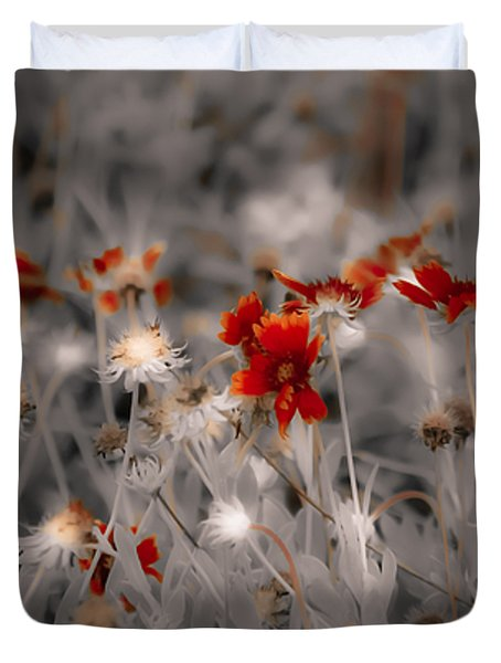 Wildflowers Of The Dunes Duvet Cover