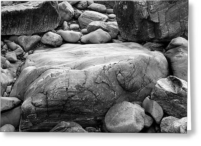 Coastal Granite In Black And White Greeting Card by David Thompson