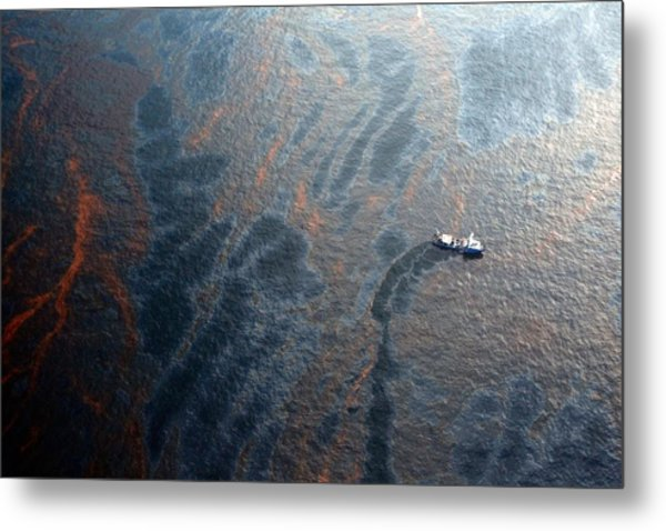 Coast Guard Attempts Burning Off Oil Leaking From Sunken Rig Metal Print by Chris Graythen