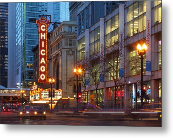 Chicago Theater At Dusk Metal Print by Rainer Grosskopf