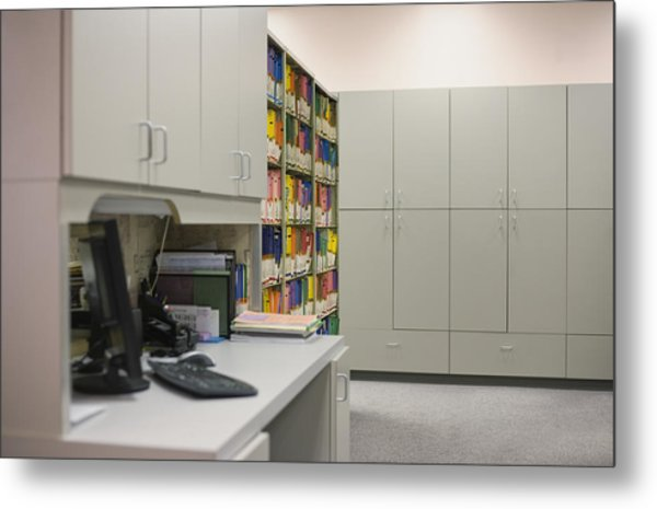 Empty Doctor?s Office Metal Print by Jetta Productions/David Atkinson
