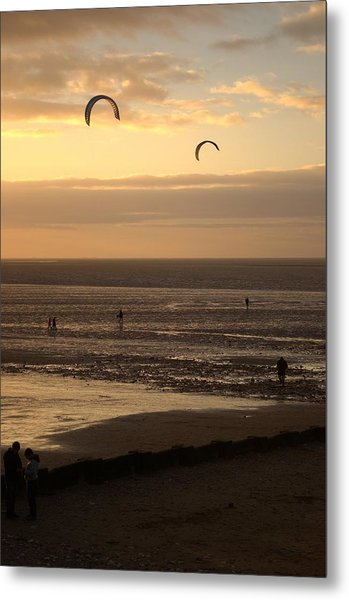 End Of The Day Metal Print by Dave Woodbridge