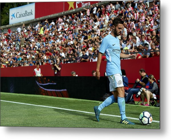 Girona V Manchester City Metal Print by Manuel Queimadelos Alonso