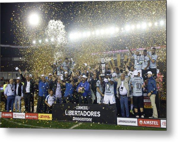 Lanus V Gremio - Copa Conmebol Libertadores 2017 Metal Print by Demian Alday