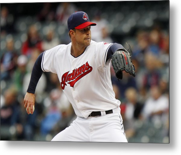 Minnesota Twins V Cleveland Indians - Game One Metal Print by David Maxwell