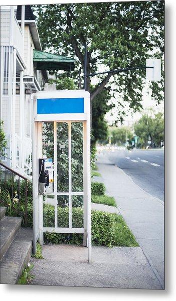 Telephone Booth Metal Print by Linda Raymond