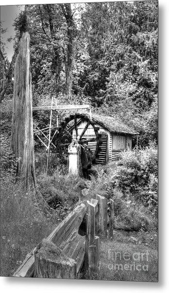 Waterwheel In Black And White Metal Print