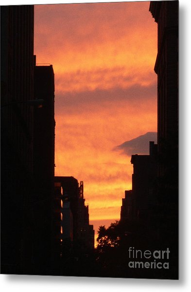 Sunset In Nyc Metal Print