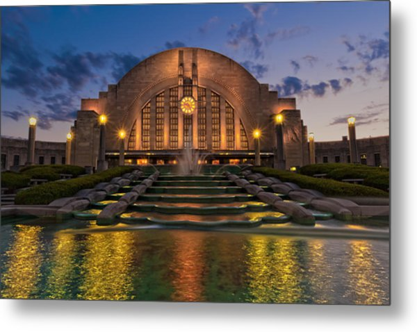 Cincinnati Museum Center At Twilight Metal Print