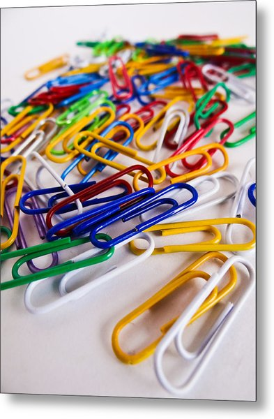 100 Paperclips Metal Print