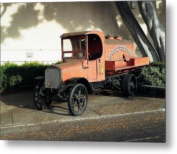1922 Mack Truck Metal Print
