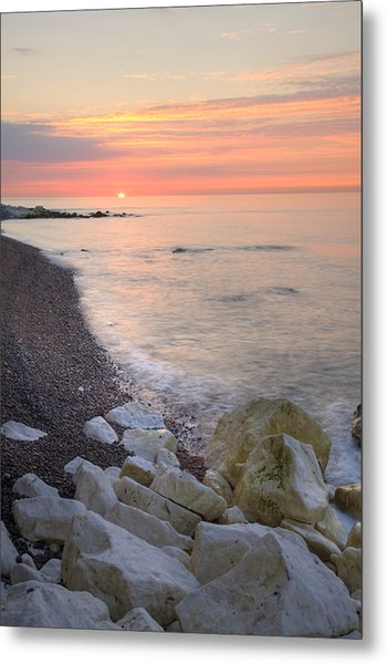 Sunrise At The White Cliffs Of Dover Metal Print