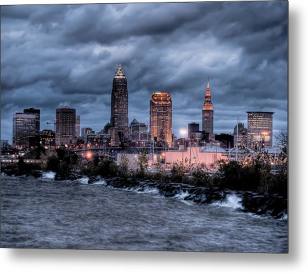 Cleveland Skyline At Dusk From Edgewater Park Metal Print