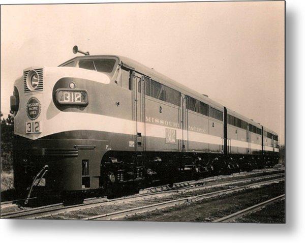 Alcoa Ge Freight Locomotive Metal Print