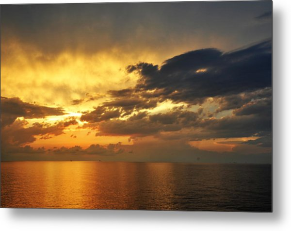 Autumn Sunrise In The Gulf  Metal Print by Bill Perry